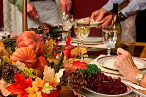 600x399thanksgiving_dinner